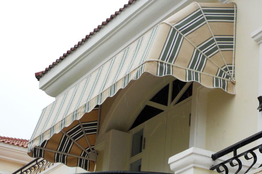 Toldo capota toldo puerta toldo ventana toldo escaparate for Fabrica de herrajes para toldos